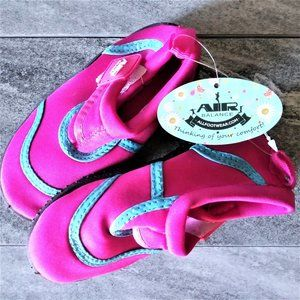NWT Kid's Air Balance Water Shoes 7